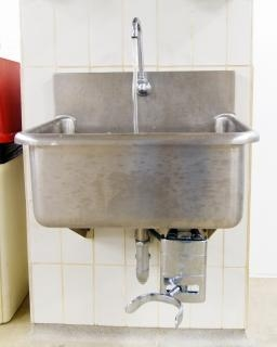 Stainless steel kitchen sinks for restaurants are installed by professional Milwaukee area plumbers from Andersen Plumbing.